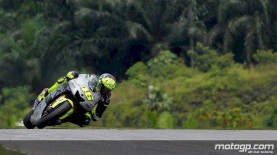 Rossi, consciente que não será fácil superar as Honda