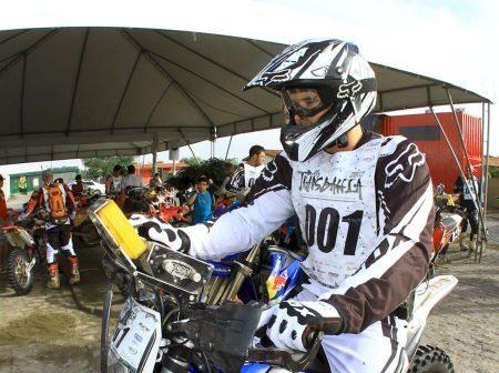 Guilherme Cascaes é o atual campeão das motocicletas no Rally Transbahia