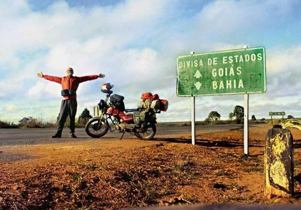 Manual do Viajante Solitário - José Albano