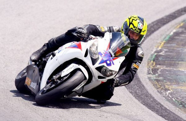 Maico Teixeira vence na Superbike