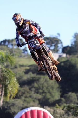 Jean Ramos será um dos grandes nomes do motocross na abertura do Arena Cross 2013