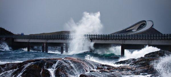 Ao invés de assustar, as constantes tempestades atraem milhões de turistas