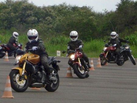 Aula prática no Centro Educacional de Trânsito da Honda em Indaiatuba