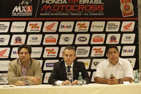 Coletiva de imprensa: Vitor Bauab (Beto Carrero World), Beto Martins (Secretário de Turismo, Cultura e Esporte de SC) e Carlos Romagnolli (Romagnolli Eventos)