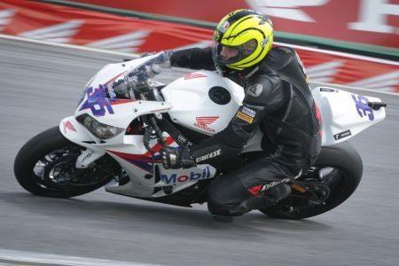 Maico Teixeira, piloto da Equipe Honda Mobil de Motovelocidade na categoria SuperBike Pro no SuperBike Series Brasil 2013
