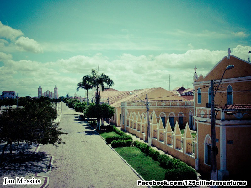 Visão do Largo Théberge - o maior do Ceará.