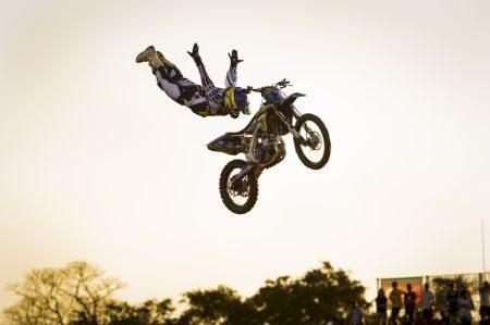 Fred Kyrillos, brasileiro melhor colocado no Motocross Freestyle dos X-Games em Foz do Iguaçu (PR)