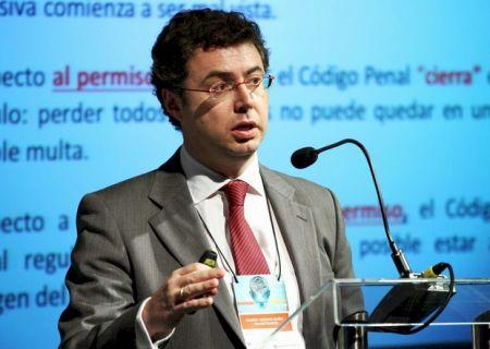 Ramón Ledesma Muñiz em palestra no 4º Fórum Abraciclo