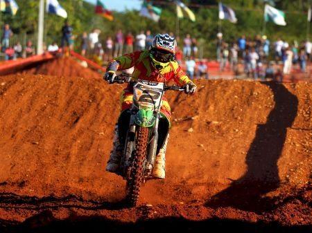 """Milton """"Chumbinho"""" Becker invicto no Brasileiro de Motocross"""