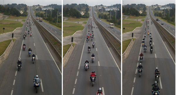 Mais de vinte longos minutos do desfile de milhares de motocicletas