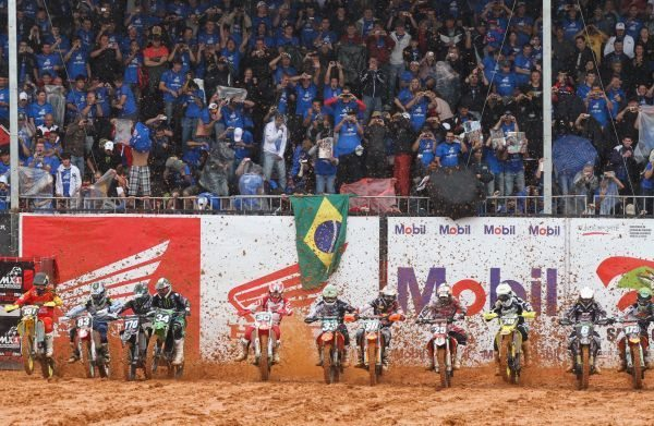 Amanhã (sábado) começa a festa da etapa brasileira do Mundial de Motocross MX1 e MX2 no Beto Carrero World em Penha (SC)