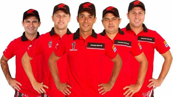 Equipe Honda Mobil de Rally - da esqu: Jean Azevedo, Ike Klaumann, Dário Júlio, Nielsen Bueno e Guto Klaumann