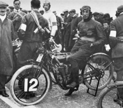 Indian V2 de 1911