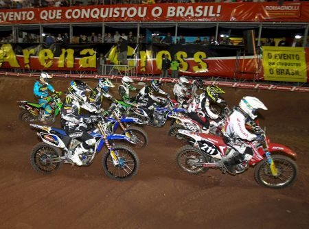 Largada da MX2 no Arena Cross