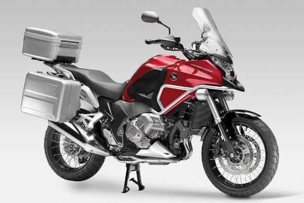 Honda VFR 1200X Crosstoures equipada com novo pacote de opcionais