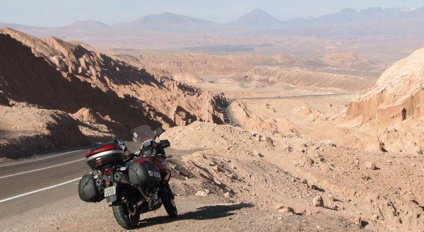 Valle de la Muerte Cordillera de la Sal no Chile - foto do livro