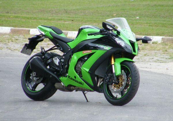 Desenho mais agressivo é reforçado com as cores verde e preto