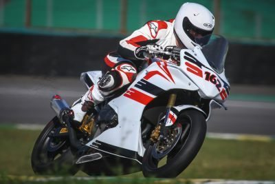 E Beto Van Cleef vence na Copa Honda CBR 600F