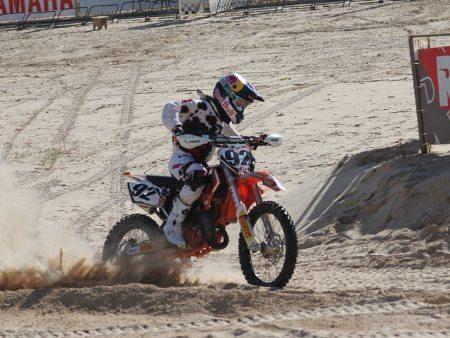 Correr na areia exige muita técnica dos pilotos