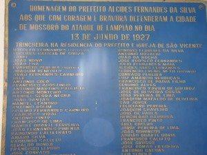Homenagem a todos que lutaram contra o bando de Lampião.