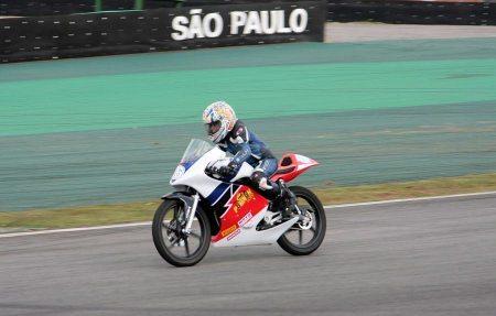 Lucas Torres Mercado, vencedor da primeira prova da Júnior Cup
