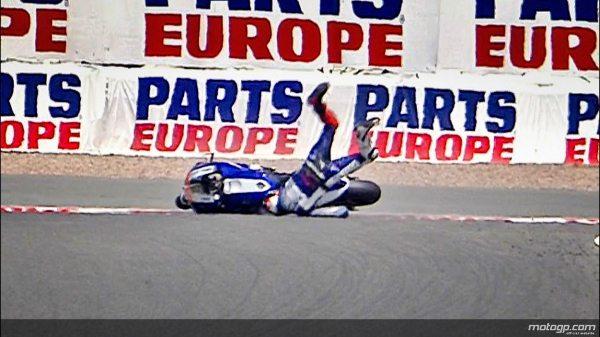 Lorenzo cai com gravidade e fica fora do GP da Alemanha