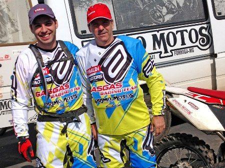 Noé Júnior e Noé de Oliveira, pilotos de enduro de regularidade