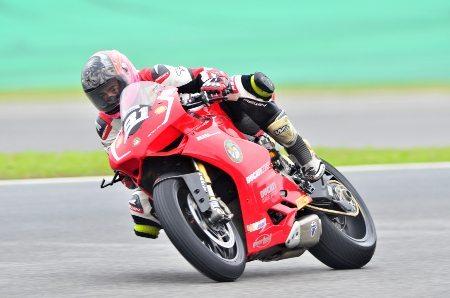 O italiano Sebastiano Zerbo (#81) venceu a categoria principal