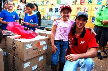Rômulo Bottrel apoiando o projeto social do Trail Clube de Minas Gerais