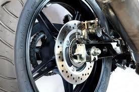 A evolução dos sistemas de freio em motocicletas foi tema que despertou especial interesse durante o seminário