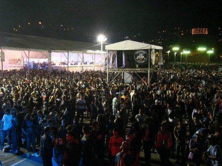 Grandes shows e programação completa atrai sempre grande número de motociclistas e grupos