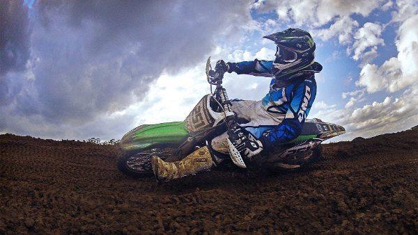 Cauê Aguiar, piloto IN Kawasaki Racing