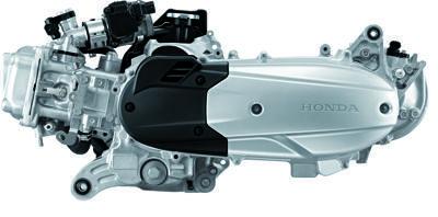 O motor é muito compacto, deixando bastante espaço para bagagem - Arrefecimento a líquido e injeção eletrônica ajuda nas emissões e mantém boa performance