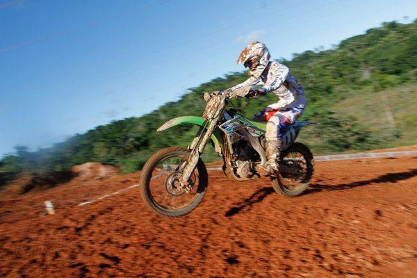 Irmãos Amaral se dão bem na 2ª etapa do Pernambucano de Motocross