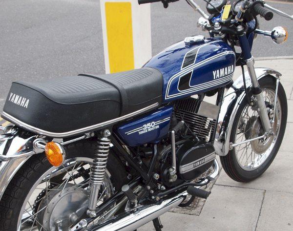 Yamaha RD 350 1975 com 1.940 km originais
