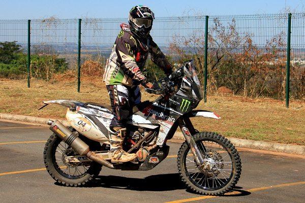 O português Paulo Gonçalves é o grande campeão da 21ª edição do Rally dos Sertões - crédito: Pedro Sibahi/Webventure