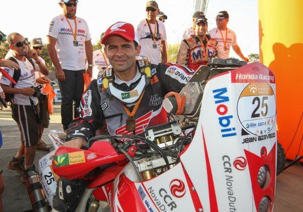 Jean Azevedo finaliza o Sertões 2013 no 4ª lugar e é o brasileiro melhor colocado na competição - crédito: Dfotos/VipComm