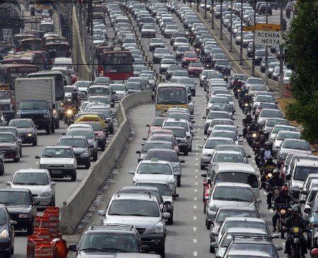 Trânsito: ignorar a moto como alternativa é miopia