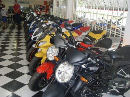 Dividir 35 motos por 3 era impossível; adicionando mais uma tudo ficou fácil e com resultado surpreendente