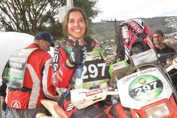 Sabrina Katana é pentacampeã feminina do Enduro da Independência