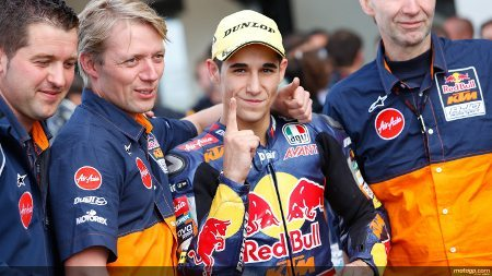 Luis Salom, Red Bull KTM Ajo vencedor em Silverstone