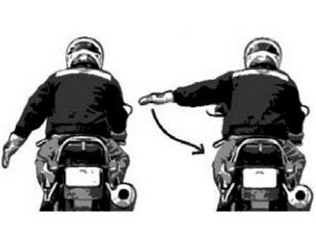 Sinais universais entre motociclistas