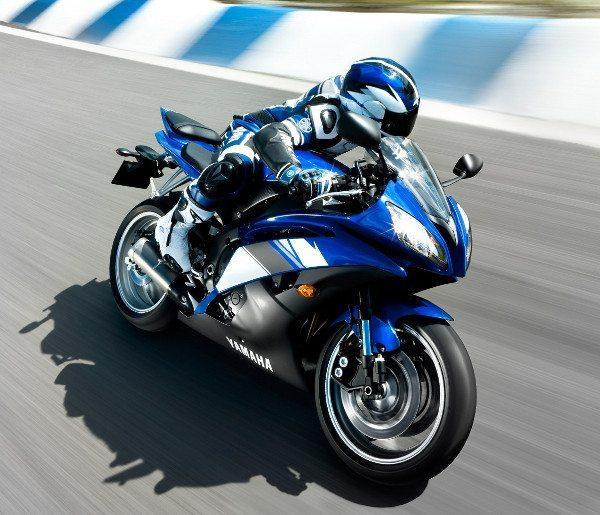 YZF R6: boa moto, mas negócio arriscado
