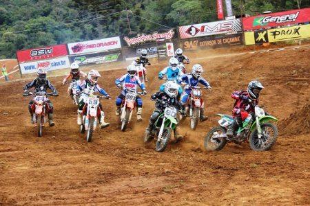Neste final de semana tem motocross em Atibaia