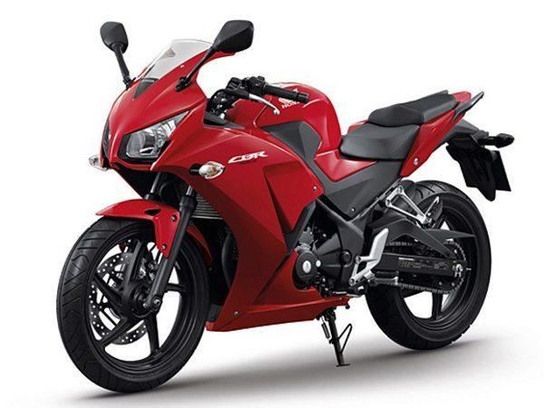 O novo modelo será oferecido nas versões Standart e ABS