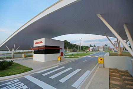 São 75.000 m² e duas pistas: uma on-road e outra off-road