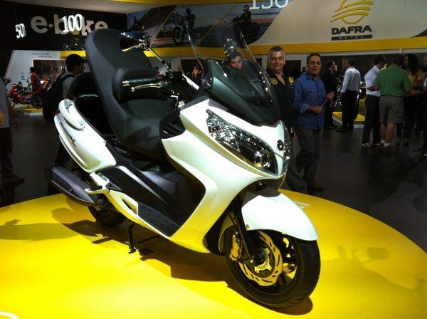 O Dafra Maxsym 400i virá com freios ABS de série