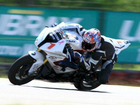 Argentinos dominam a GP 1000 do Campeonato Brasileiro de Motovelocidade