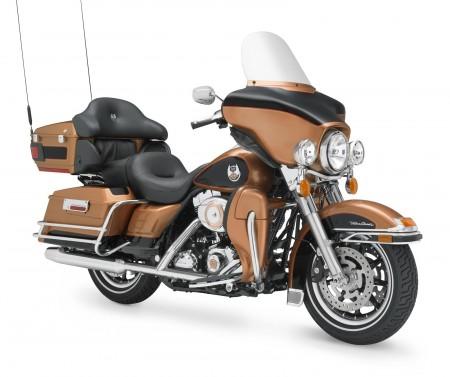 Harley-Davidson-FLHTCU-Ultra-Classic-Electra-Glide-01
