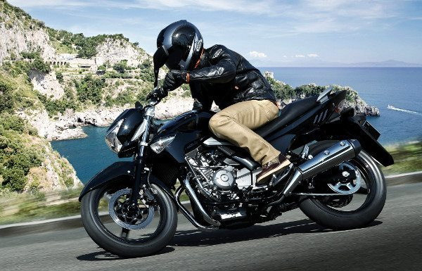 """Inazuma 250, a """"Baby King"""" da Suzuki: preço competitivo, mas só em abril"""